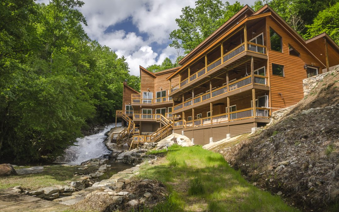 TimberElle – Roaring Creek